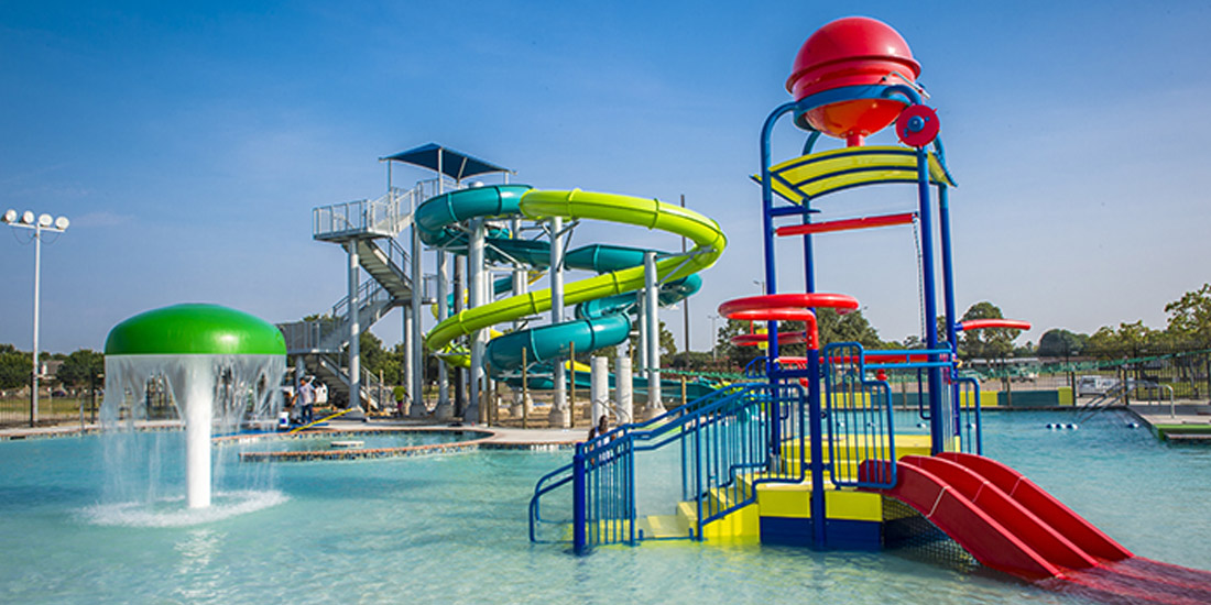Strawberry Water Park - Silver Sycamore