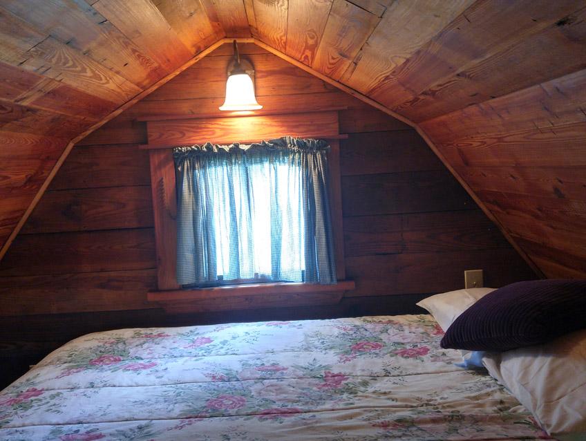 Prairie Willow Cottage Loft
