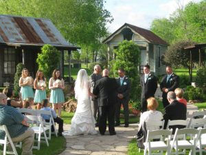 bed and breakfast gardens ceremony