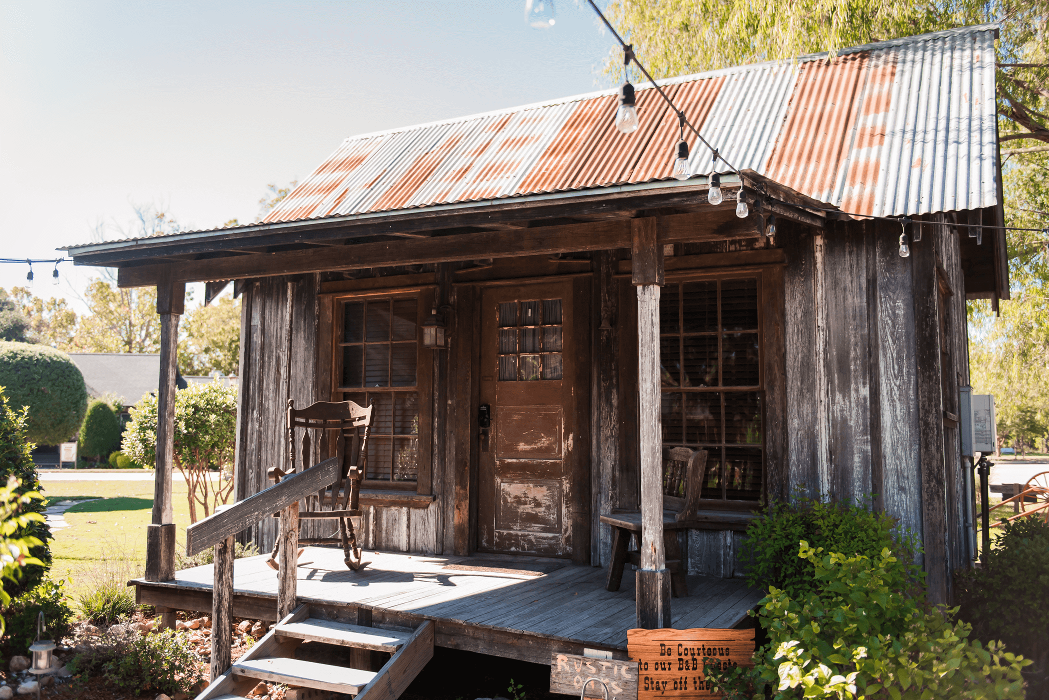 tiny house bed and breakfast cottage