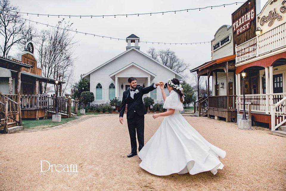An Elegant Winter Wedding in Houston