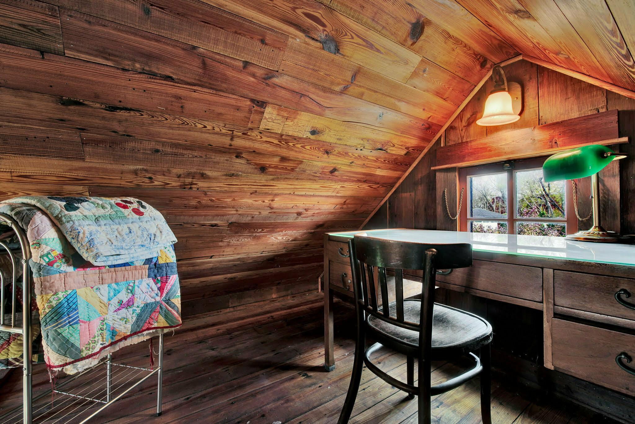 loft area at rustics oaks