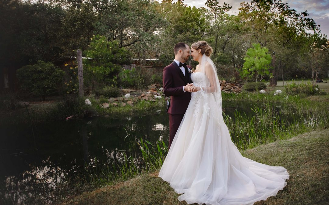 Rustic, Fall Wedding at Silver Sycamore